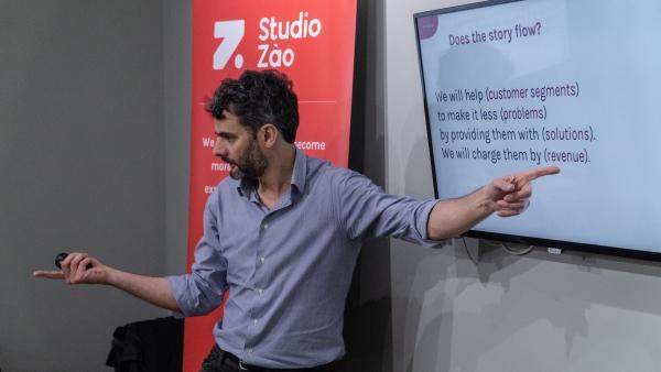 University student entrepreneurship course immersive bootcamp davide turi studiozao